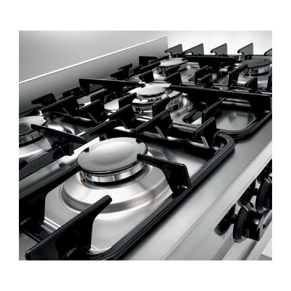 Cucina Inox A Gas 5 Fuochi Con Tavolo Incorporato. Potenza Bruciatori 14,3  KW