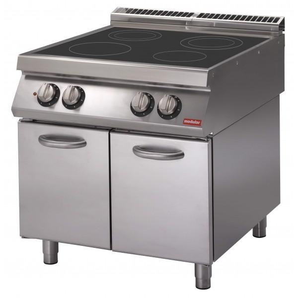 Cucina elettrica con piano di cottura a induzione su vano con - Piano di cucina ...